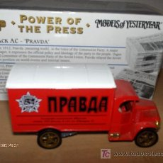 Coches a escala: MATCHBOX -------- POWER OF THE PRESS - 1920 MACK AC PRAVDA. Lote 23209219