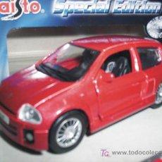 Coches a escala: RENAULT CLIO SPORT V6 DE MAISTO ESC. 1,39 DE METAL PRECIOSO. Lote 217335836