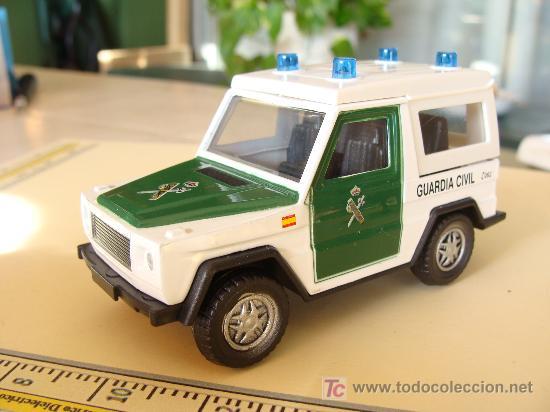 Todoterreno De La Guardia Civil Jeep Land Ro Comprar Coches En