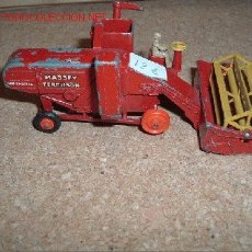 Coches a escala: MASSEY FERGUSON COMBINE HARVESTER 780 SPECIAL . MAJOR PACK Nº5. MADE IN ENGLAND BY LESNEY. Lote 23057740