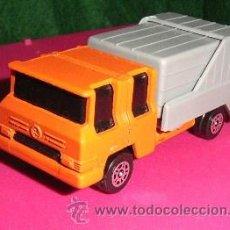 Coches a escala: COCHE EN METAL CAMION DE BASURA - INGLES (AHORRA GASTOS DE ENVIO - COMPRANDO MAS ARTICULOS). Lote 26609428