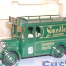 Coches a escala: VAN DE SMEDLEY'S DE LLEDO DE METAL MADE IN ENGLAND MIDE 8 CM. MODELS DE DAYS GONE. Lote 203061171
