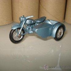 Coches a escala: LESNEY . MOTO TRIUMPH DE MATCHBOX .. Lote 23257867