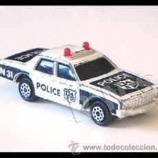 Coches a escala: PEQUEÑO COCHE DE POLICÍA MARCA MAJORETTE METAL - AÑOS 80 JUGUETE - COCHECITO A ESCALA TRANSPORTE. Lote 27390667