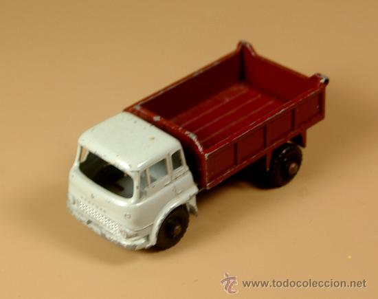 Coches a escala: LESNEY MATCHBOX Series 3b - CAMION BEDFORD 7 1/2 TON TIPPER Truck - Made in England 1961 - Foto 2 - 28977017