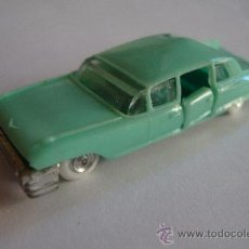 Coches a escala: MINI CARS CADILLAC FLETWOOD 1/86 MADE IN SPAIN. PLASTIC. PALE GREEN. Lote 32244369