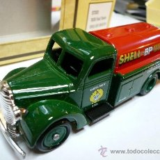 Coches a escala: LLEDO DAYS GONE CAMION FORD CISTERNA 1939. Lote 34175019