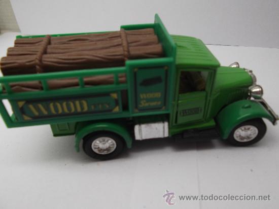 CAMION WELLY 9350 TRANSPORTE DE TRONCOS (Juguetes - Coches a Escala Otras Escalas )