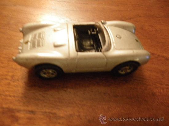 Coches a escala: 4 MAISTO. (no escala- 7 /7,5 cm): Corvette CR-1, Mercedes Van 397D, Bomberos, Porche 550 A Spayder. - Foto 4 - 34866293