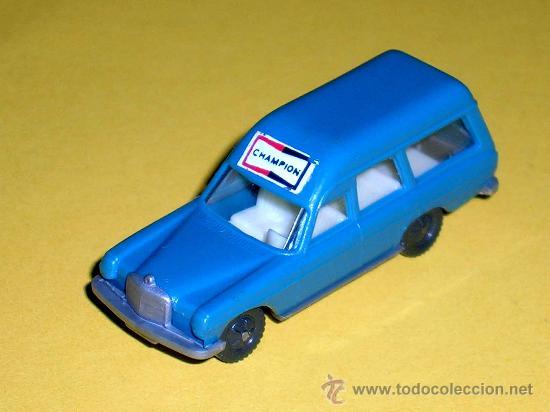 Coches a escala: Mercedes 200, esc. 1/87 H0, BVC made in Spain, Wiking copy, original años 70. - Foto 2 - 145552401