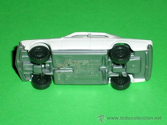 Coches a escala: Audi 100 blanco, esc. 1/87 H0, BVC made in Spain, Wiking copy, original años 70. - Foto 3 - 35225052