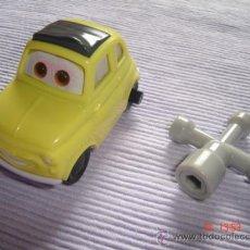 """Auto in scala: COCHE """"LUIGI"""" DE LA PELÍCULA CARS (DISNEY-PIXAR). 2006, COLECCIÓN MCDONALD'S.. Lote 104982410"""