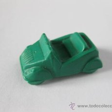 Coches a escala: COCHE DE 2,5 CMS BISCUTER DE PLASTICO BLANDO COLOR VERDE. Lote 36040114
