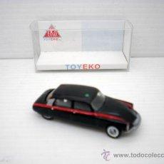 Coches a escala: COCHE TAXI CITROEN DS TIBURON MADRID EKO TOYEKO HO PLASTIC CAR 1/87 SPAIN 2027. Lote 153762254