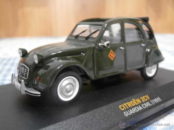 citroen 2cv guardia civil
