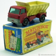 Coches a escala: VOLQUETE GRIT SPREADING TRUCK LESNEY MATCHBOX Nº 70 MADE IN ENGLAND CON CAJA. Lote 41690126