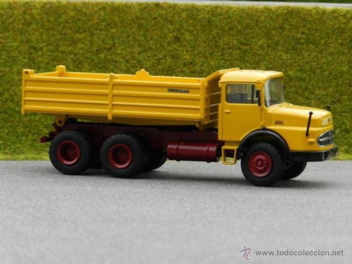 Coches a escala: Camión Volquete Meiller Mercedes LAK 2624 NZG Escala 1:50 - Foto 2 - 42517169