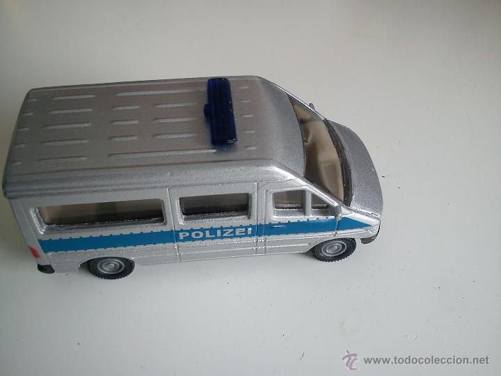 BONITO BUS DE POLICIA,MARCASIKU. 0804 - 0805. (Juguetes - Coches a Escala Otras Escalas )
