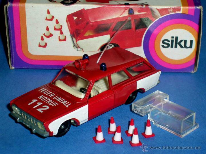 REPROBOX Siku V 342-FORD TAUNUS 17m Comando Vigili del Fuoco-Auto