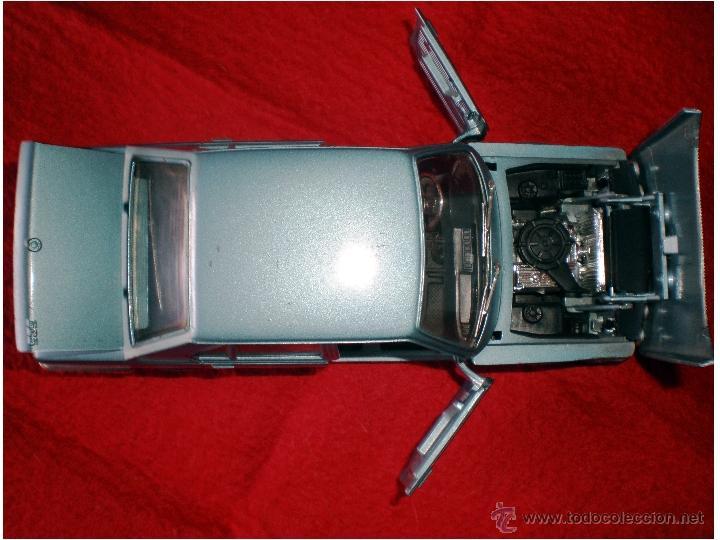 Coches a escala: BMW 525 Berlina marca POLISTIL Made in ITALY. ESCALA 1:25 Refa. 7-78 Med. 18 x 8,5 x 5,8 cm. - Foto 2 - 44865752