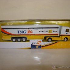 Coches a escala: IVECO STRALIS- NEW RAY- ING RENAULT F1 TEAM- ESC. 1:87 (FERNANDO ALONSO) - GIUSSEPPE. Lote 146825512