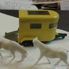 Coches a escala: TRAILER PONY MATCHBOX Nº 43 - 1971 INCLUYE LOS PONYS. Lote 47891515