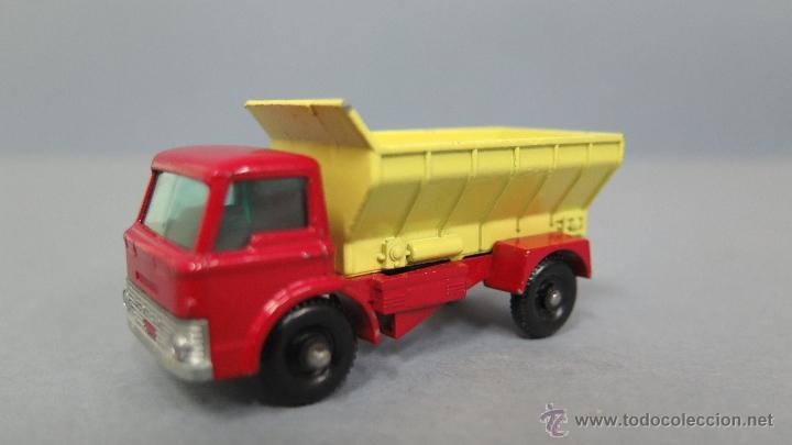 Coches a escala: GRIT SPREADING TRUCK. 70. MATCHBOX. LESNEY. BUEN ESTADO - Foto 1 - 48009202