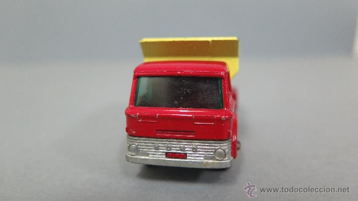 Coches a escala: GRIT SPREADING TRUCK. 70. MATCHBOX. LESNEY. BUEN ESTADO - Foto 2 - 48009202
