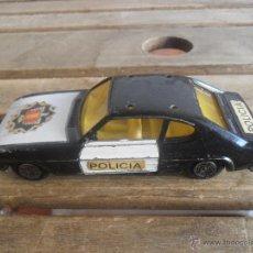 Coches a escala: COCHE A ESCALA FORD CAPRI POLICIA DE GUISVAL MIDE 11.5 CM. Lote 52389316