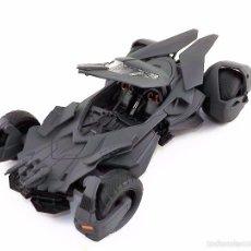 Coches a escala: BATMOBILE BATMAN VS SUPERMAN 2015 (NUEVO A ESTRENAR). Lote 161197294