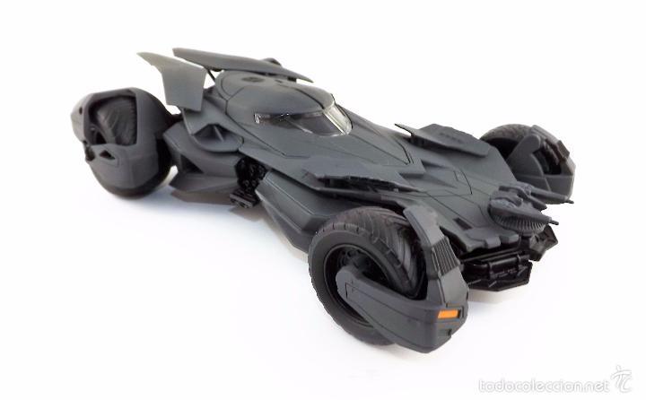 Coches a escala: Batmobile Batman Vs Superman 2015 (nuevo a estrenar) - Foto 4 - 161197294