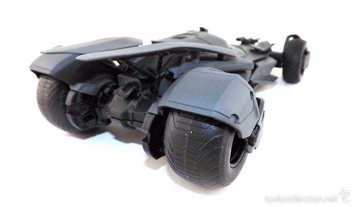 Coches a escala: Batmobile Batman Vs Superman 2015 (nuevo a estrenar) - Foto 5 - 161197294