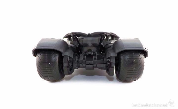 Coches a escala: Batmobile Batman Vs Superman 2015 (nuevo a estrenar) - Foto 6 - 161197294