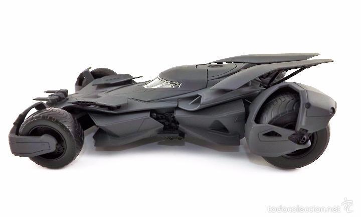 Coches a escala: Batmobile Batman Vs Superman 2015 (nuevo a estrenar) - Foto 8 - 161197294