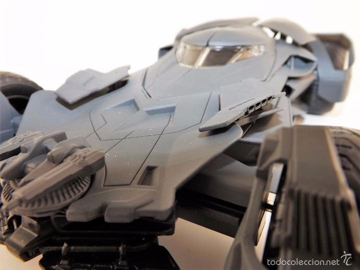 Coches a escala: Batmobile Batman Vs Superman 2015 (nuevo a estrenar) - Foto 11 - 161197294