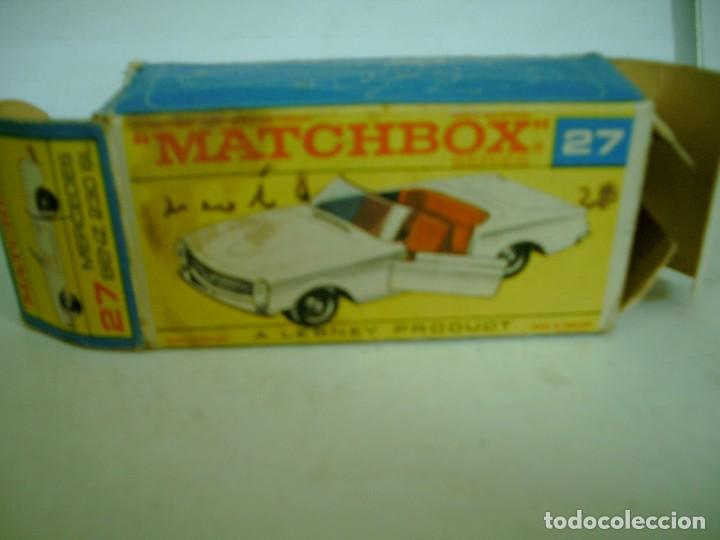 MATCHBOX CAJA VACIA MERCEDES BENZ 230 SL REF 27 (Juguetes - Coches a Escala Otras Escalas )