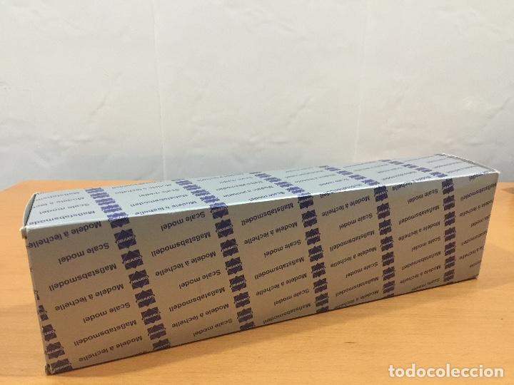 Coches a escala: CONRAD 1/50 CAMION FREIGHTLINER NR 3812 - Foto 11 - 65863282