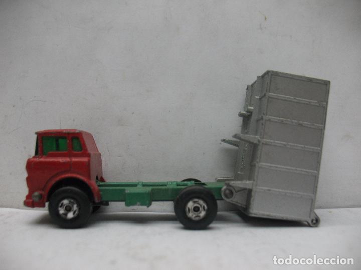 Coches a escala: MATCHBOX LESNEY SUPERFAST Ref: 26 - Camión G.M.C. Tipper Truck 1970 - Foto 2 - 67481757
