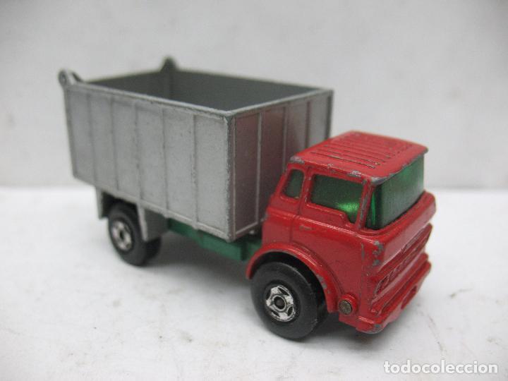 Coches a escala: MATCHBOX LESNEY SUPERFAST Ref: 26 - Camión G.M.C. Tipper Truck 1970 - Foto 4 - 67481757