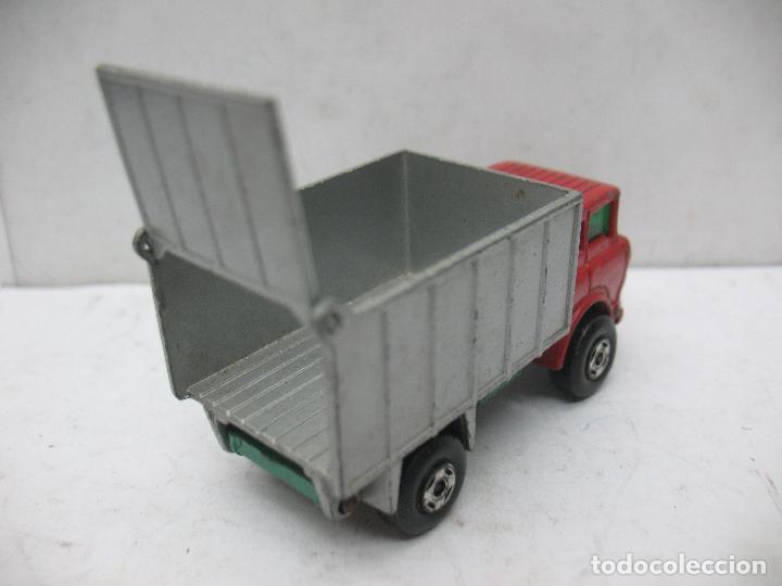 Coches a escala: MATCHBOX LESNEY SUPERFAST Ref: 26 - Camión G.M.C. Tipper Truck 1970 - Foto 5 - 67481757