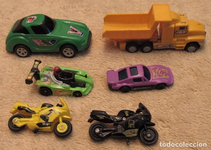 Seis De JugueteCochesMotosUn Camion Donald's Car Años Miniatura Y Vehiculos 2000 Mc 29HWIYED