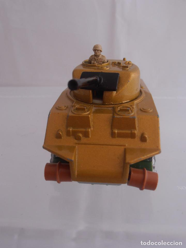 Coches a escala: TANQUE SHERMAN K-101, MATCHBOX, LESNEY, MADE IN ENGLAND 1974 - Foto 2 - 88277192