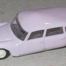 Coches a escala: MINI CARS ANGUPLAS CITROEN ID 19 BREAK COLOR LILA ORIGINAL AÑOS 60 . Lote 90352260