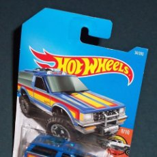 Coches a escala: CHEVROLET CHEVY BLAZER 4X4 - HOT WHEELS 1/64. Lote 95034583