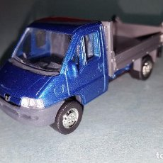 Coches a escala: CAMION PEUGEOT. Lote 95735675