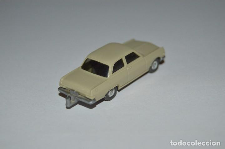 Coches a escala: Opel Rekord modelo 63 - 8R - WIKING - H0 1:87 - años finales 60 primeros 70 - Foto 2 - 96839515