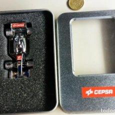 Coches a escala: MAQUETA UNICA FORMULA 1 CEPSA + USB 16GB. Lote 97416895