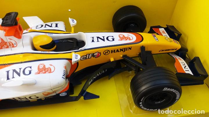 Coches a escala: NEW RAY RENAULT ING FORMULA 1 FERNANDO ALONSO. IMPORTANTE LEER - Foto 3 - 98610043