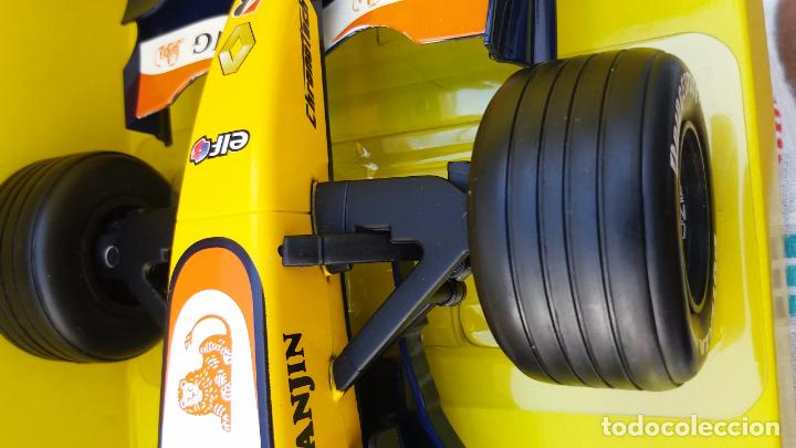 Coches a escala: NEW RAY RENAULT ING FORMULA 1 FERNANDO ALONSO. IMPORTANTE LEER - Foto 6 - 98610043