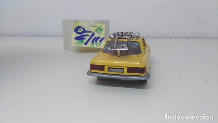 Coches a escala: antiguo coche de guisval mercedes 350 l - Foto 4 - 222005676